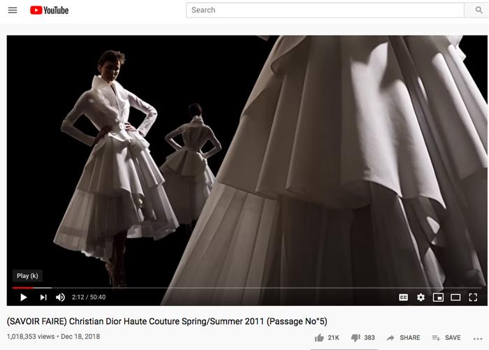 Models wearing white muslins of Dior coat