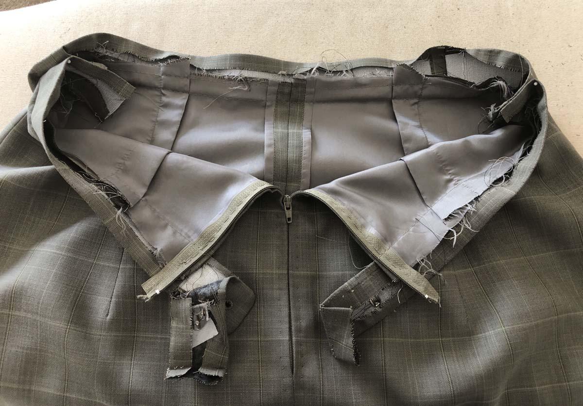 Original men's suit pants waistband with Hong Kong lining on men's suit pants