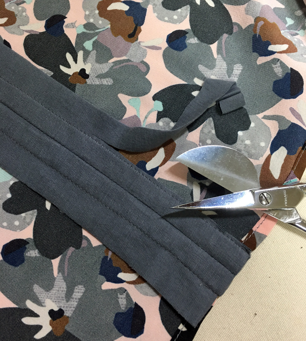 Use ThreadsMagazine.com to find out how to cut close to sewn edges with duckbill scissors