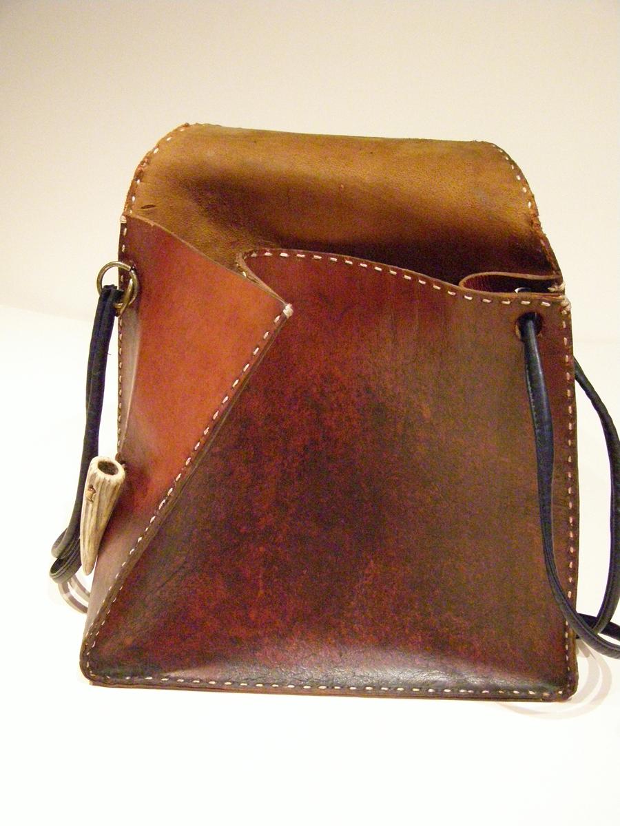 Front of Vintage Modernist Bag