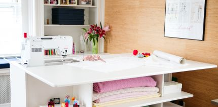Sewing/cutting table