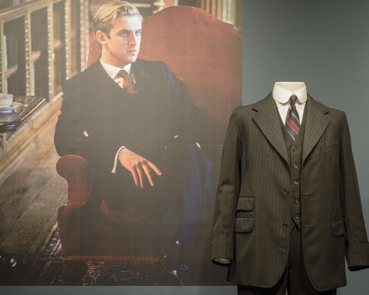 Suit for Matthew Crawley
